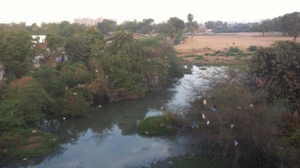 Ahmedebad, India, river